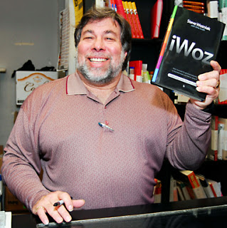 فرد سوم Steve Wozniak